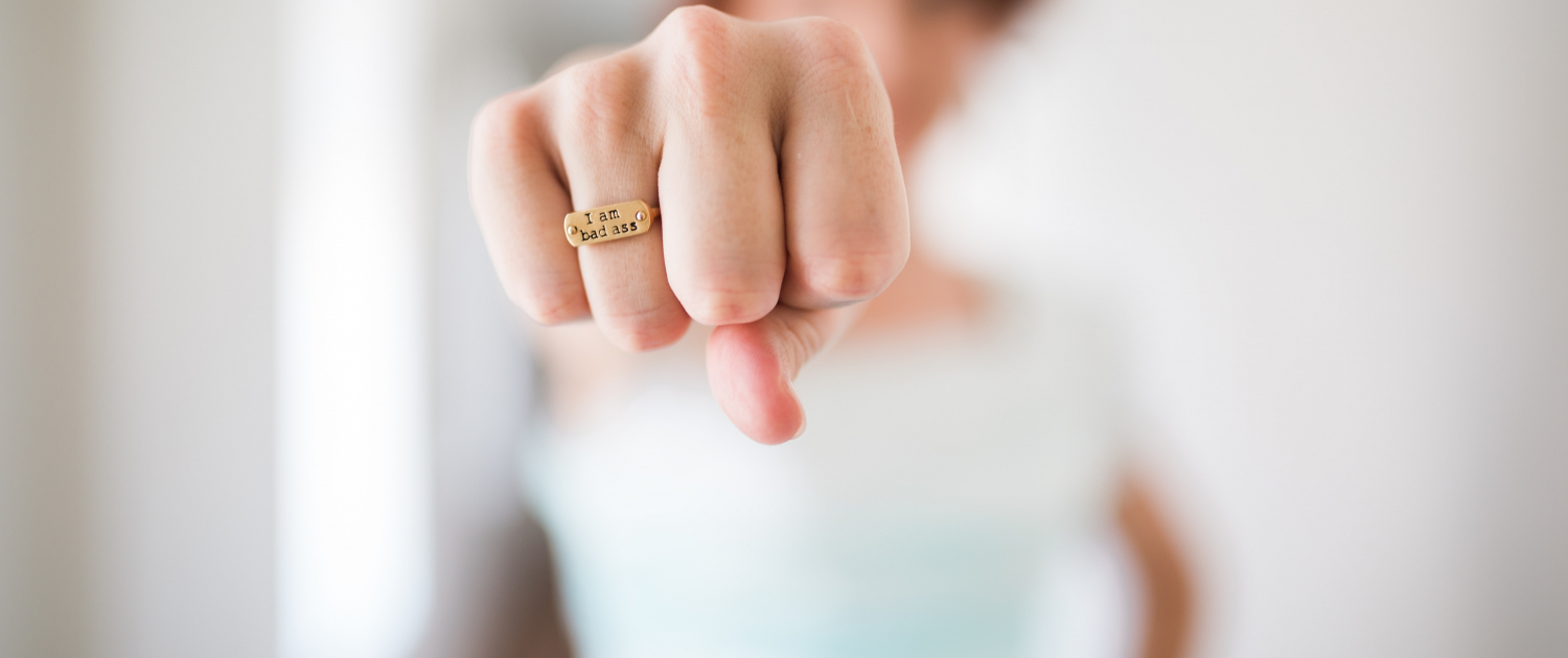 Starke Frauen, Ring, Ehevertrag